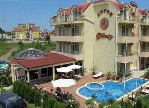 hotel_outside_01